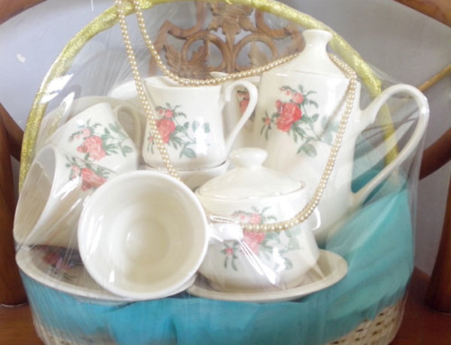 Parcel Tea Set IDR 200K
